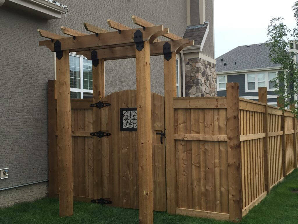 Why update your wooden fence with metal posts ozco